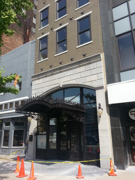 Nice renovation of a long-vacant building on Washington Street.  This may be the oldest commercial building in Indy.