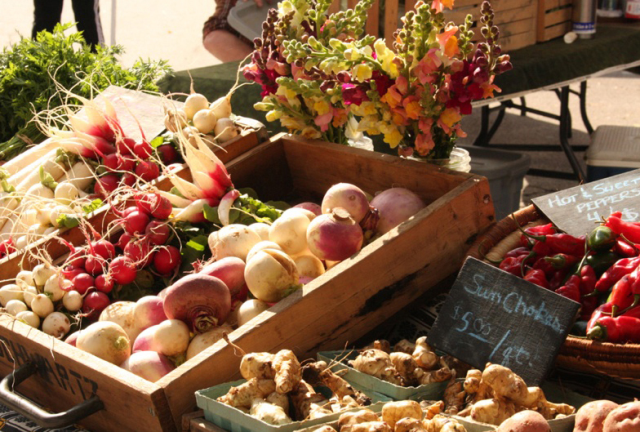 DBA Farmers' Market Veggies!