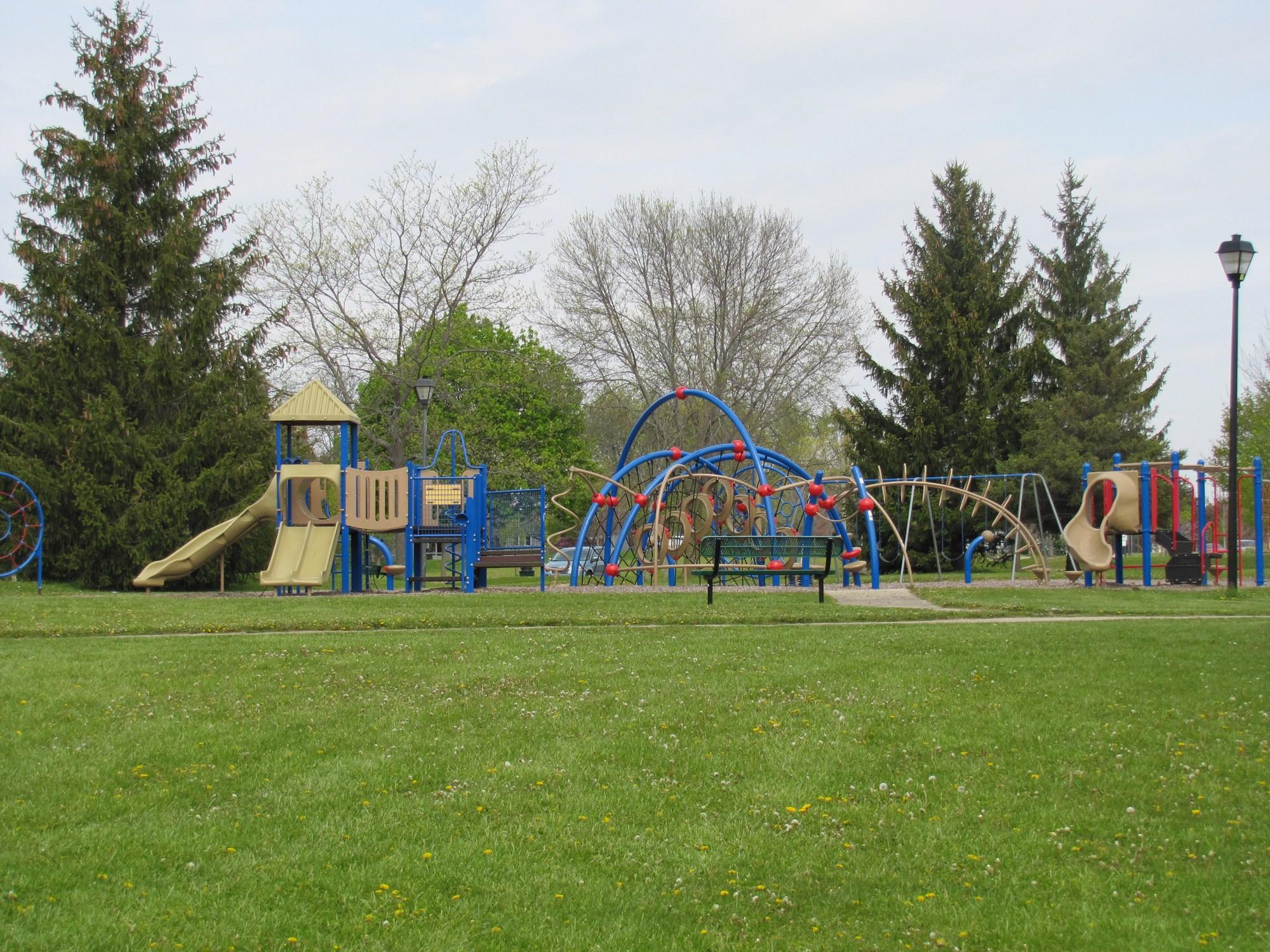 Sheehan Park Master Plan:  Community Recreation Center Amenities