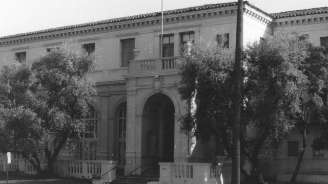 What places show the impact of women on the history of Los Angeles?
